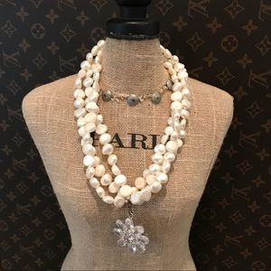 Freshwater pearls  crystal pendant necklace